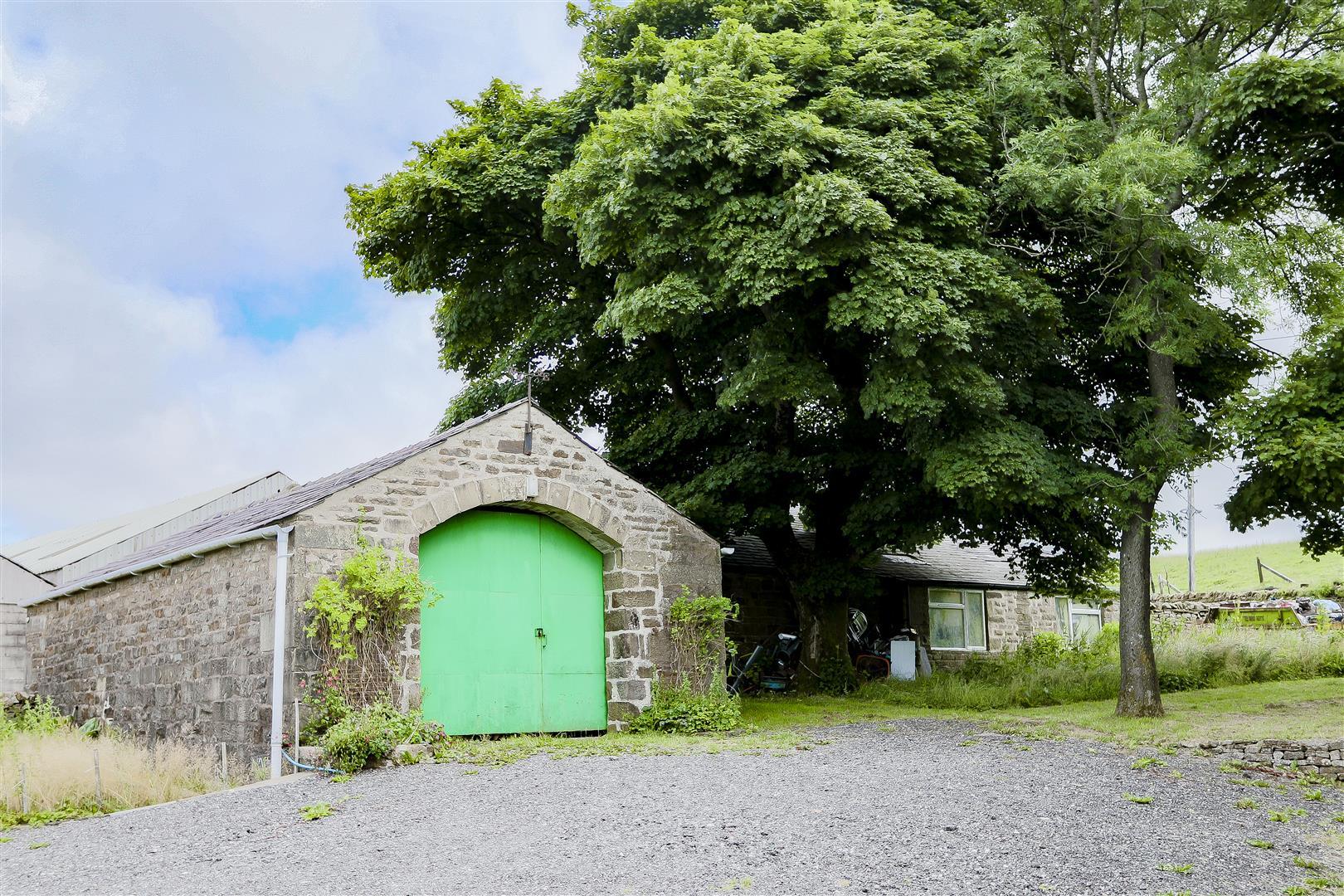 2 Bedroom Barn Conversion For Sale - IMG_2430.jpg